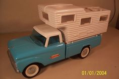 Vintage Pressed Steel Nylint camper and Truck Toy with Philco Radio | eBay