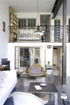 Virlova Style: [Interior] Diálogo entre el vintage y lo industrial: mini loft