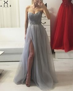 Rochii Seara Banchet - Rochie Model Unicat Printesa Tulle si Dantela cu Pene - AngeAtelier.ro Strapless Dress Formal, Prom Dresses, Formal Dresses, Corset, Dress Outfits, Attitude, Events, Women's Fashion, Gowns