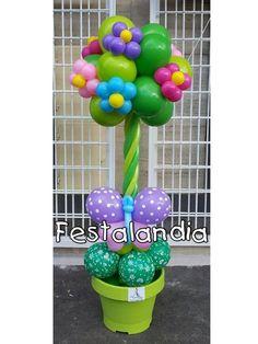 albero realizzato con palloncini con fiori e farfalle adatto per ingresso…