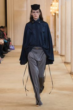 Nina Ricci Fall 2018 Ready-to-Wear Collection - Vogue