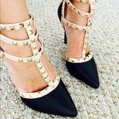 Charlotte Russe Black/Nude Pumps Heels Charlotte Russe pumps, worn once Charlotte Russe Shoes Heels