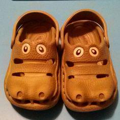 """Kids"" PolliWalks Crocs Cute crocodile shaped kids crocs, size 8 PolliWalks Shoes Sandals"