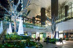 Tokyo Square Garden (東京スクエアガーデン).</b> Architect : Nikken Sekkei (設計:日建設計). Contractor : Shimizu Corporation (施工:清水建設、大成建設JV).