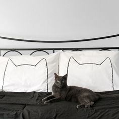 Cat Nap Pillowcase Set / The Cat Nap Pillowcase Set from Xenotees is the perfect gift for cat lovers, as in lovers who love cats. http://thegadgetflow.com/portfolio/cat-nap-pillowcase-set/