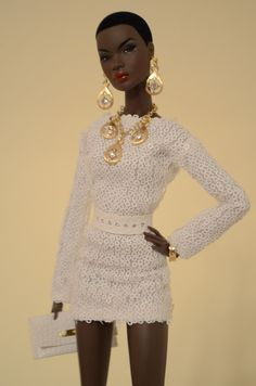 Out of sight Nadja Fashion Royalty Fashion Royalty Fashion Royalty Dolls, Fashion Dolls, Original Barbie Doll, Diva Dolls, Afro, African American Dolls, Barbie Party, Black Barbie, Vintage Barbie Dolls
