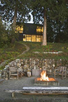 West Seattle Residence  | Architecture: Tom Kundig; Olson Kundig Architects | Photography: Benjamin Benschneider