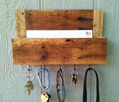 On Sale / Reclaimed Pallet Wood Mail and Key Rack / The Samson / No.77