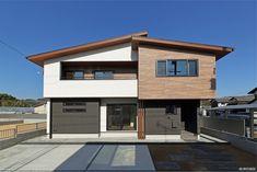 倉敷市-Kurashiki city- S様邸 Garage Doors, Outdoor Decor, Home Decor, Decoration Home, Room Decor, Home Interior Design, Carriage Doors, Home Decoration, Interior Design