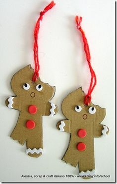 Eco Christmas Craft ~ too cute! Gingerbread Crafts, Christmas Gingerbread House, Christmas Ornaments To Make, Christmas Crafts For Kids, Kids Christmas, Holiday Crafts, Christmas Decorations, Gingerbread Men, Creations