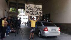 Manifestantes fazem ato de apoio à prisão do ex-governador do Rio Sérgio Cabral