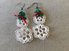 Tatted holiday earrings ornaments floral by Luvs2TatJeweleryEtc, $10.00