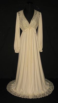 I love vintage nightgowns!