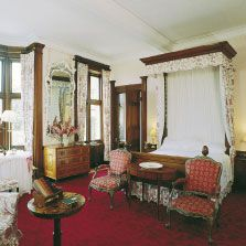 Queen Mary's Bedroom.