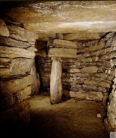 Grain Earth House, Orkney. The underground chamber of an Iron Age Earth House, what's not to love?!  #Scotland #History
