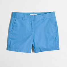 "J.Crew 5"" chino short ($20) ❤ liked on Polyvore featuring shorts, chino shorts, zipper shorts, short shorts, j. crew shorts and short chino shorts"