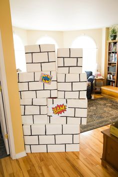 Wall for Hulk party