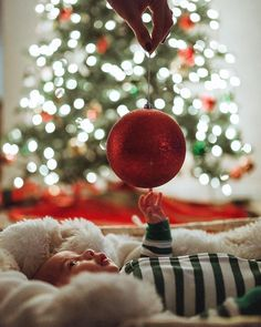 Need inspiration for the most precious baby Christmas pictures? These babies are totally rocking their Xmas cards with these photos!