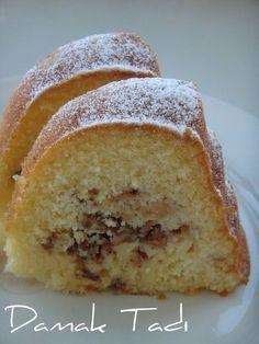 Bu aralar her pişirdiğim kek olay oluyor adeta. Muffin Recipes, Cake Recipes, Dessert Recipes, Pudding Desserts, Pudding Cake, Subway Cookie Recipes, Gateaux Cake, Empanadas, Turkish Recipes