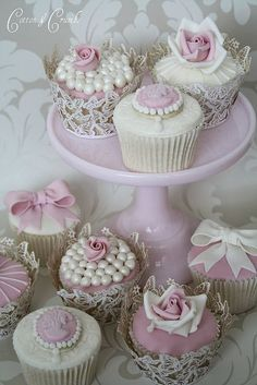 collection of cup cakes