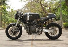 Ducati Monster Cafe Racer from Thailand by Nattapat Janyapanich #motorcycles #caferacer #motos | caferacerpasion.com
