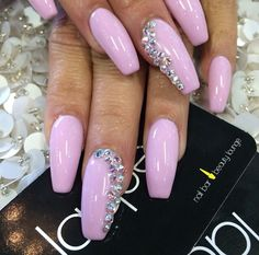 Laqué Nail Bar Pastel pink nails
