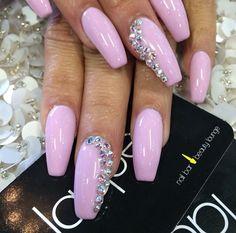 Laqué Nail Bar Pastel pink nails