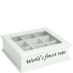 Así beber té se convierte también en un placer visual. Para bolsitas de té. De MDF pintado en blanco, con lámina de vidrio. Tapa abatible. La línea Campagne traslada a su hogar el encanto desenfadado del sur de Francia. Los muebles y accesorios para el hogar en tonos claros y estilo campestre presentan pequeñas marcas de uso, como si llevaran ya muchos años acompañándole. Cada una de las piezas acentúa el carácter personal de su hogar