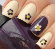I am unfolding before you 15 + cute & easy fall nail art designs, ideas, trends & stickers of Try out these autumn nails this season and grab compliments from your pals. Daisy Nails, Flower Nails, Nail Flowers, Flower Design Nails, Daisy Nail Art, Fall Nail Art Designs, Cute Nail Designs, Pretty Designs, Awesome Designs