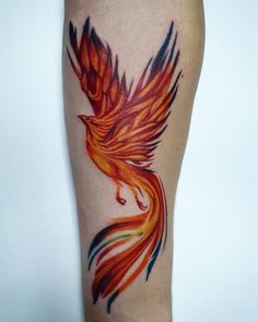 The tattooing world has very few favorites. Phoenix bird is one of them. Do you know where this interesting picture comes from? What is the symbolic significance of this awesome picture? Phoenix Tattoo Feminine, Phoenix Bird Tattoos, Phoenix Tattoo Design, Pretty Tattoos, Cool Tattoos, Tatoos, Body Art Tattoos, Small Tattoos, Lower Belly Tattoos