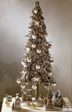 Natale TonoSUTono | Paesaggio in legno con albero di Natale