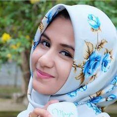 Aku mencintai dirimu karena di sisimu..sepi dihatiku hilang, di sampingmu..aku merasa terjaga, di dekatmu..aku bisa ketawa dan hidup bersamamu..aku sangat bahagia. #komunitas_hijab_indonesia #hits #hijabercantik #hijabootdindo #kocak #bidadariselfie #inoengaceh #dagelan #hijabersindonesia #hijabers_indonesia #hijabersmagazine #diaryhijaber #dailyhijabindo #acehcantik #hijaberscommunity #kekinian #hijabers #wanitaberhijab #selfie #like #follow #fff #lfl