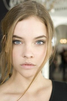 Barbara Palvin 8 October 1993 Budapest, Hungary Height m Hair color Brown Eye color Blue Makeup Tips For Blue Eyes, Eye Makeup Tips, Skin Makeup, Makeup Ideas, Makeup Contouring, Makeup Guide, Blue Makeup, Heavy Makeup, Fresh Makeup