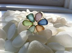 18 K Gold Sea Glass Brooch  Made with Beautiful Genuine Sea Glass