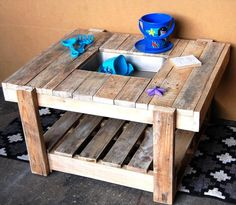 Pallet Kids Play #Kitchen - 10 Pallet Ideas for Kids to Tryout This Year | 99 Pallets
