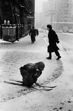 Moscow, 1960 | Photo by Marc Riboud
