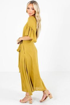 Family Photo Outfits, Family Photos, Bella Ella Boutique, Perfect Body Shape, Lining Fabric, Flutter Sleeve, Stylists, Model, How To Wear
