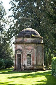Folly on the Rushmore Estate