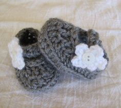 Baby Shoes Booties Handmade Crochet Slipper Preemie Doll Size Grey White Flower | eBay