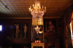 The 1920s decor at The Auction House in #NYC  #decor #chandelier #retro