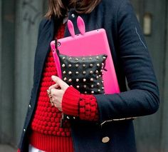 Street Style Details and Accessories Photo 1