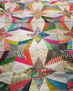 "1,799 Likes, 105 Comments - @jenkingwell on Instagram: ""Something new #jenkingwelldesigns #scrapquilts #templatelove"""