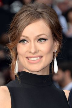 How-to get Olivia Wilde's '60's inspired cat eye.