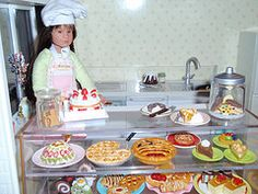 Miniature bakery projects for dollhouses, roomboxes and dioramas