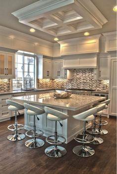 bar de cuisine carré dans une cuisine glamour
