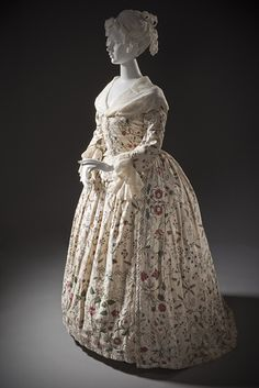 Embroidered sack back gown - side front (c. 1760-1770). England. Tamboured (chain-stitch) silk embroidery on cotton twill.  LACMA - M.66.31a-b