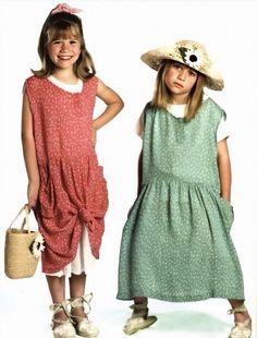 Mary Kate Ashley, Mary Kate Olsen, Olsen Twins Style, Olsen Sister, Twin Photos, Ashley Olsen, Hollywood Actor, Full House, 90s Kids
