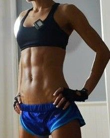 I want her abs!!