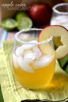 These Apple Cider Margaritas are super simple, but perfectly deliciously fall!:
