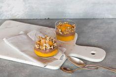 Schokoladen-Amaranth-Porridge mit Mangomousse